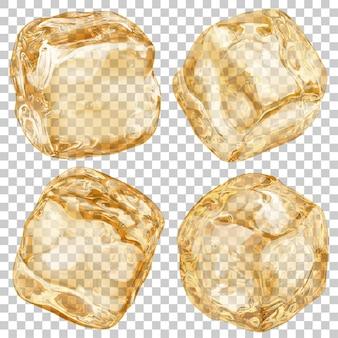 Набор реалистичных полупрозрачных кубиков льда янтарного цвета на прозрачном фоне. прозрачность только в векторном формате