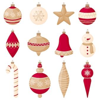 Набор красных и золотых елочных украшений на новый год и рождество.