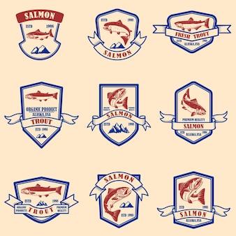 Набор эмблем лосося и форели. элемент дизайна для логотипа, этикетки, знака, плаката, баннера.