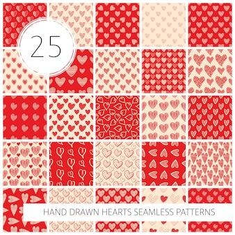 손으로 그린 하트, 인사말 카드, 청첩장, 배너, 배경, 섬유 디자인을 위한 벡터 삽화가 있는 매끄러운 패턴 세트.