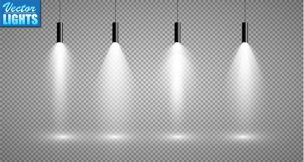 透明な背景のサーチライトのセット。スポットライト付きの明るい照明。サーチライトは白です。
