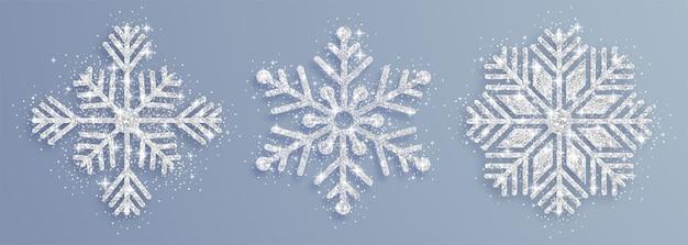 銀の装飾用雪片のセット