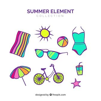 여름 옷과 플랫 스타일의 요소 집합