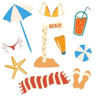 여름 항목 및 해변 개체 집합입니다. 비치 액세서리: 우산, 슬리퍼, 수건, 수영복, 칵테일, 공, 불가사리, 사인 비치. 흰색 배경에 고립 된 컬러 평면 벡터 일러스트 레이 션
