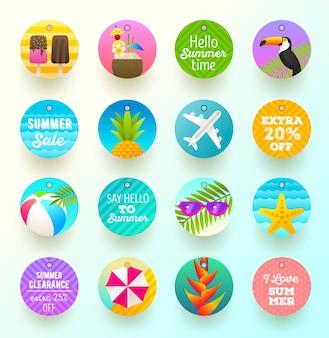 Набор летних каникул и туристических этикеток и тегов
