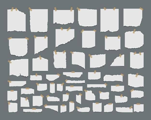 Набор рваных листов бумаги с наклейкой