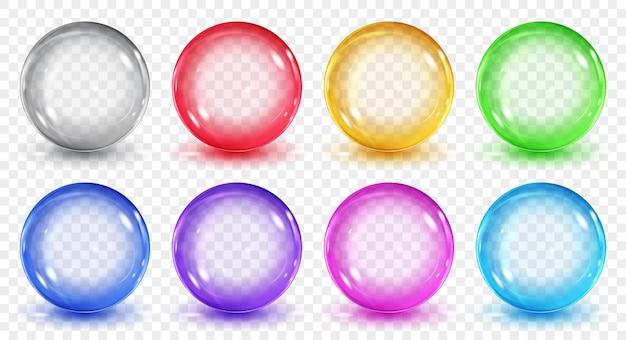 透明な背景に影のある半透明の色の球のセット。ベクトル形式のみの透明度