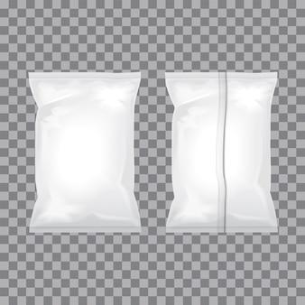 음식, 스낵, 커피, 코코아, 과자, 크래커, 견과류, 칩에 대한 투명하고 흰색 호일 가방 포장 세트. 플라스틱 팩 템플릿