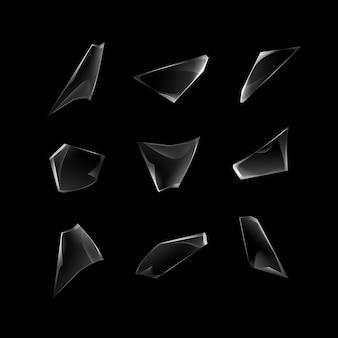 透明な割れたガラス片のセット