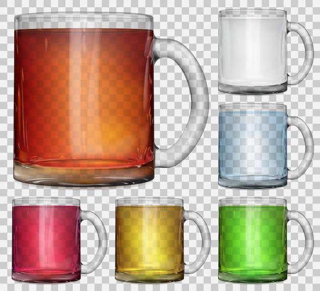 투명한 배경에 여러 가지 빛깔의 반투명 음료가 있는 투명한 유리 컵 세트. 벡터 파일의 투명도