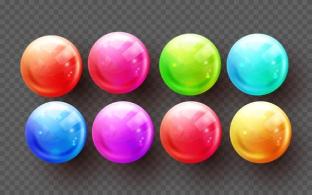 さまざまな色の透明な球のセット