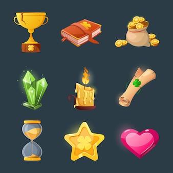 게임 사용자 인터페이스 디자인을위한 다양한 아이템 세트. 환상의 게임을위한 마법 아이템과 리소스를 만화 화하십시오. 금화, 책, 촛불, 보석, 가슴, 클로버.