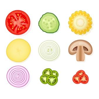 白い背景にさまざまな野菜のセットです。ジャガイモ、トマト、キュウリ、タマネギ、キノコ。図。