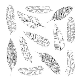 幾何学的な装飾が施された自由奔放に生きるスタイルのベクトル羽のセットです。線画