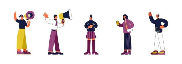Набор векторных иллюстраций современных мужчин и женщин, использующих громкоговорители, чтобы делать объявления и просматривать социальные сети на смартфонах
