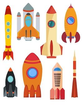 Набор векторных космических ракетных кораблей. восемь ракет на белом фоне. векторная иллюстрация.