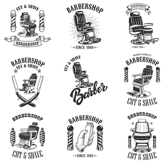 Набор старинных эмблем парикмахерской с креслом для парикмахера