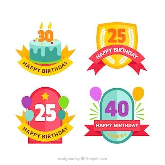 Набор старинных значков дня рождения в плоском дизайне