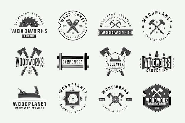 Набор старинных столярных изделий из дерева этикетки значки эмблемы и логотип векторные иллюстрации