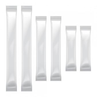 食品、砂糖、塩、コショウ、調味料、プラスチックパックの白い空白の箔袋包装のセット