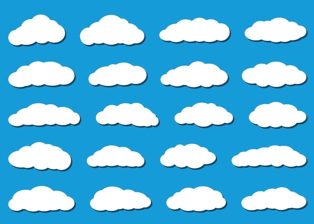 Набор белых облаков с тенями в плоский на светло-синем фоне.
