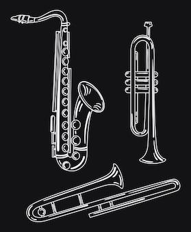 Набор духовых музыкальных инструментов. коллекция музыкальных трубок. медные музыкальные инструменты.