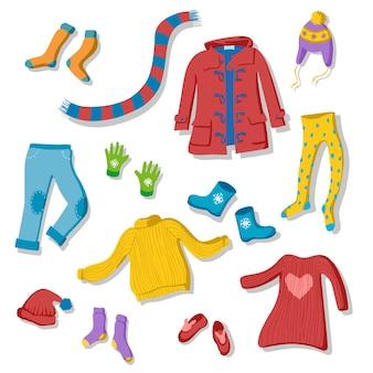 Набор зимних иллюстраций одежды в плоском стиле