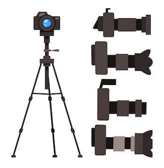 Set of reflex cameras with removable lens