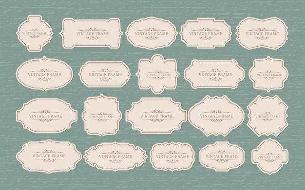 Set di distintivi ed etichette vintage retrò