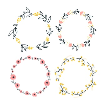 Set of round floral frame templates with cute wildflowers. simple cartoon hand-drawn style.