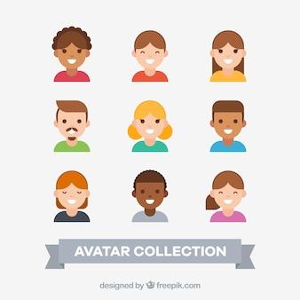 Insieme di avatar di persone sorridenti