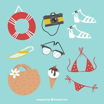 Set di vestiti estivi ed elementi in stile piatto