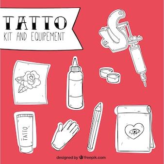 Serie di strumenti per tatuaggi