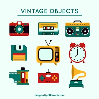 Set vintage colored objects