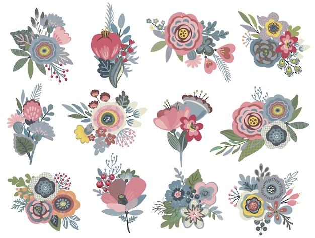 Комплект с красивыми цветочными букетами.