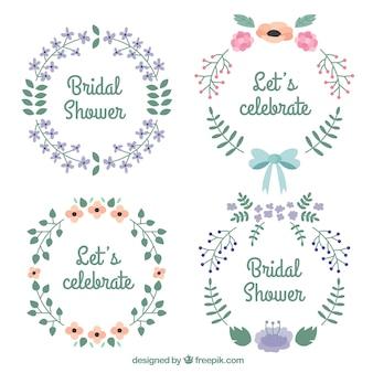Несколько цветочных свадебных рамок