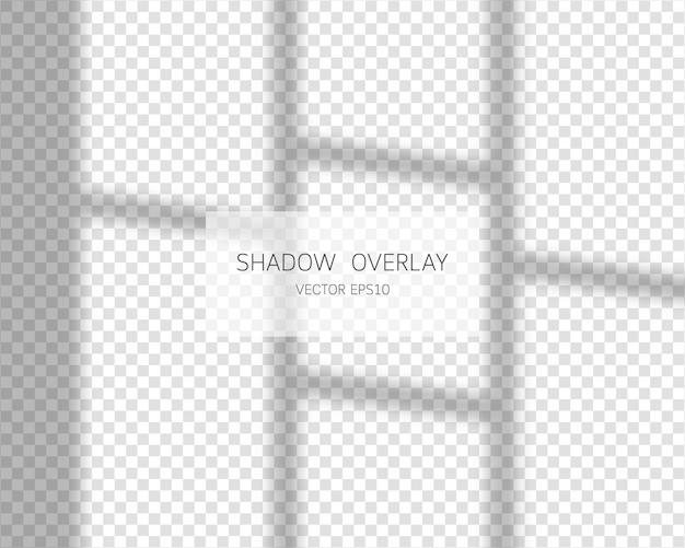 シャドウオーバーレイ効果。透明な背景に分離されたウィンドウからの自然な影。図。