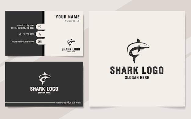 Шаблон логотипа акулы в стиле монограммы Premium векторы