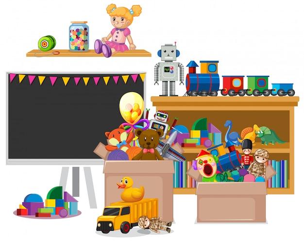本と白い背景の上のおもちゃの完全な棚