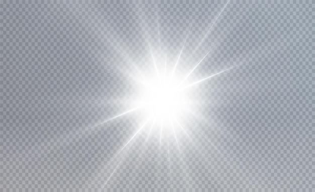 輝く光の星太陽はリアルなまぶしさで明るい光線を輝かせています