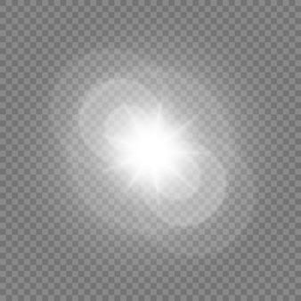透明な白い背景に分離された輝く星。エフェクト、グレア、ラディアンス、爆発、白色光、セット。星の輝き、美しい太陽のまぶしさ。