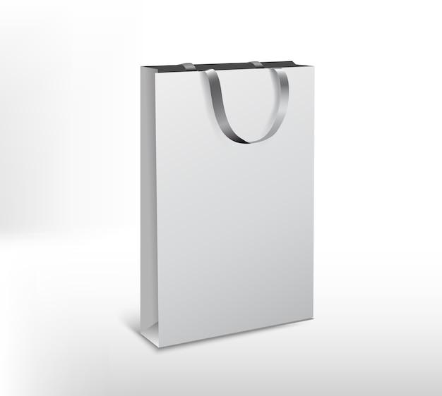 Покупки белые бумажные пакеты пакет на белом фоне. длинная форма