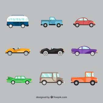 Vista laterale di nove vetture diverse