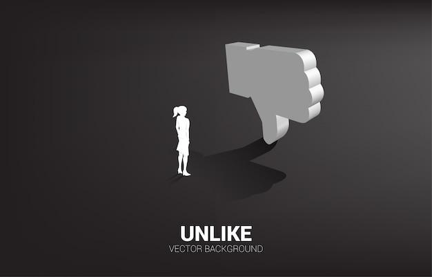 Силуэт коммерсантки стоя с значком большого пальца руки 3d вниз.
