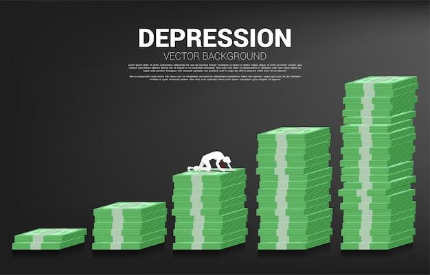 지폐 그래프에 크롤 링 하는 사업가의 실루엣입니다. 직장에서 우울증 사업에 대한 개념입니다.