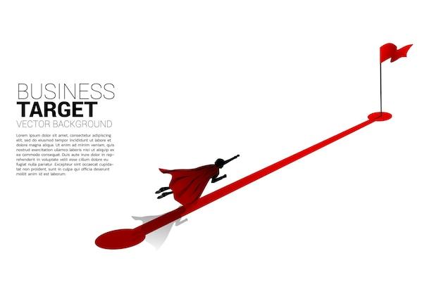 목표에 붉은 깃발 경로 경로에 비행 사업가의 실루엣. 경력과 비즈니스를 성공으로 시작할 준비가 된 사람들의 개념.