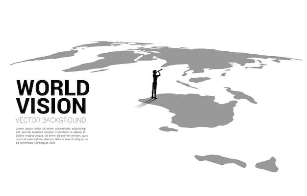 세계 지도에서 망원경을 통해 보고 있는 사업가의 실루엣. 세계 목표 임무의 비즈니스 개념입니다.