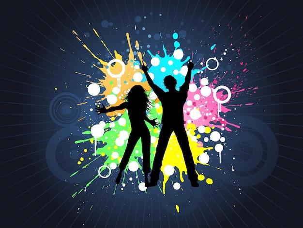 Силуэты людей, танцующих на гранжевом фоне Бесплатные векторы