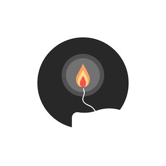 원에 간단한 촛불 불꽃입니다. 불타는 촛대, 기독교 속성, 빛나는 명상의 개념. 흰색 배경에 고립. 플랫 스타일 트렌드 현대 촛불 로고 디자인 벡터 일러스트 레이 션