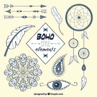 Sketches arrows and boho accessories